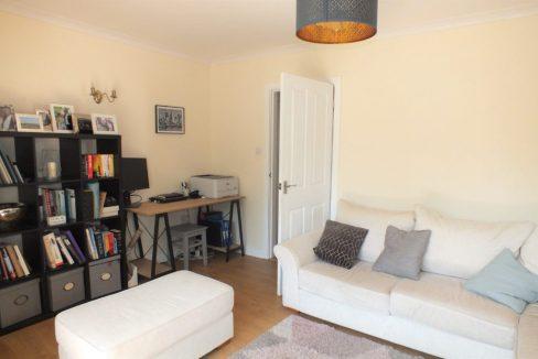 1-Clock-House-Mead-Oxshott-Reception-room-1024x683