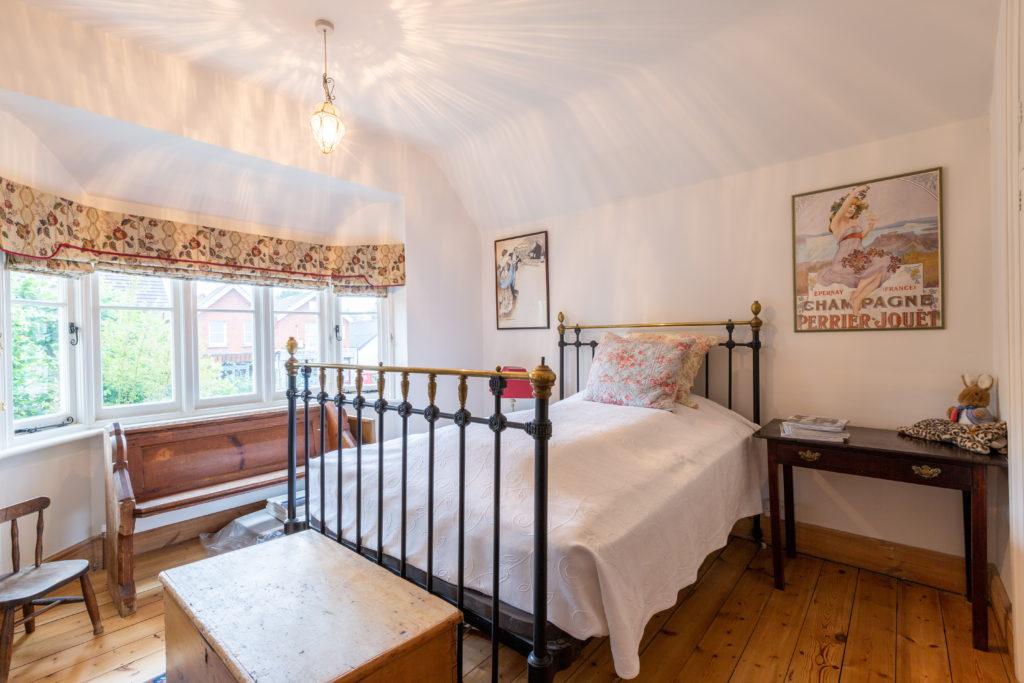 209-Barnett-Wood-Lane-Ashtead-Bedroom-1-1024x683