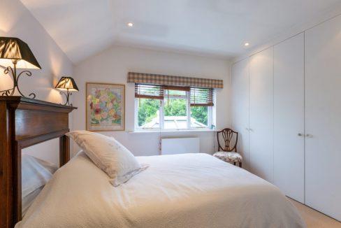 209-Barnett-Wood-Lane-Ashtead-Bedroom-2-1024x683