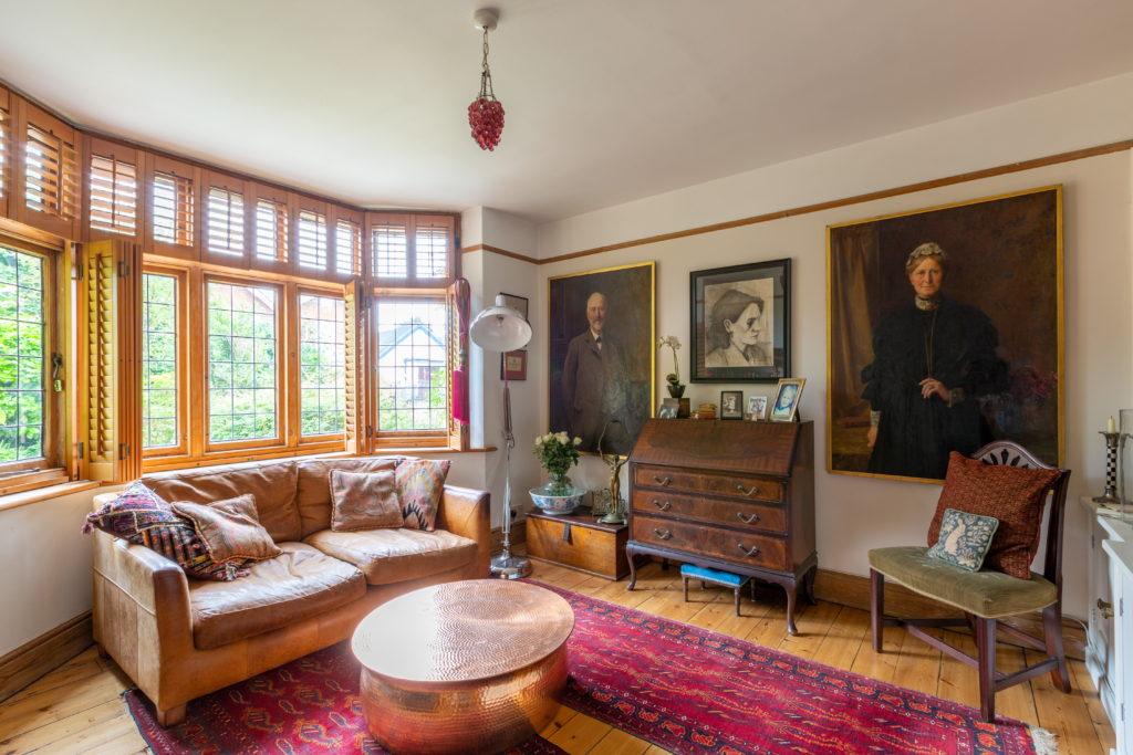 209-Barnett-Wood-Lane-Ashtead-Living-room-1024x683