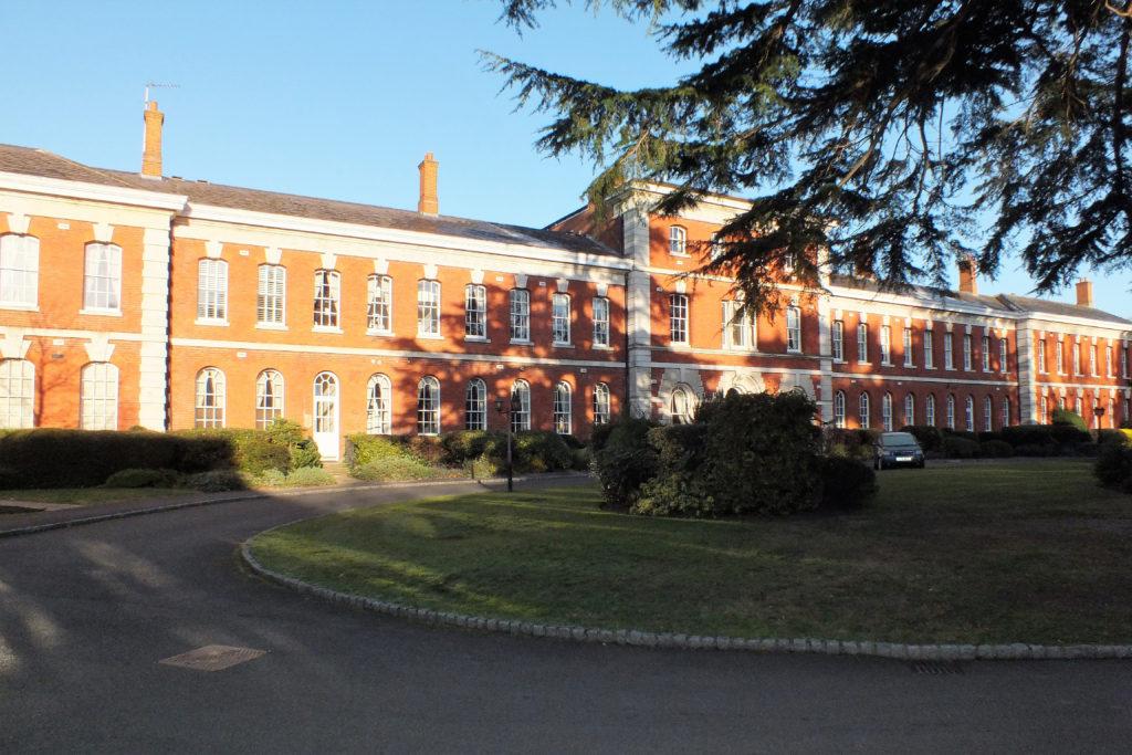 33-Ellesmere-Place-Walton-on-Thames-Front-2-1024x683