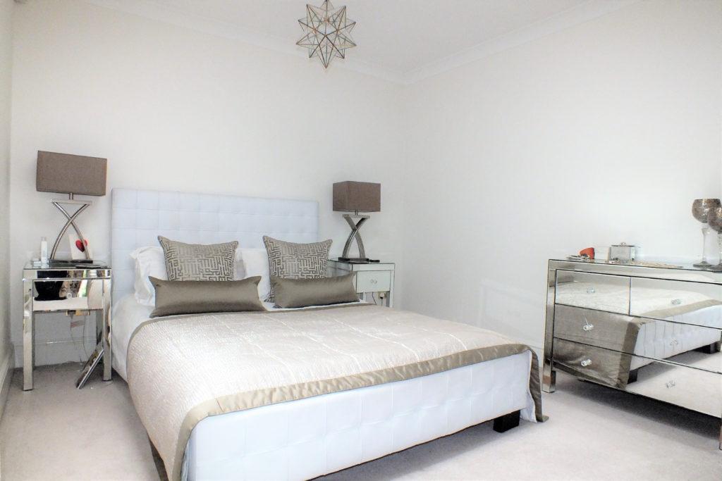33-Ellesmere-Place-Walton-on-Thames-Master-bedroom-1024x683