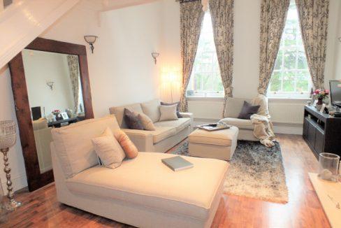 33-Ellesmere-Place-Walton-on-Thames-Reception-room-2-LR
