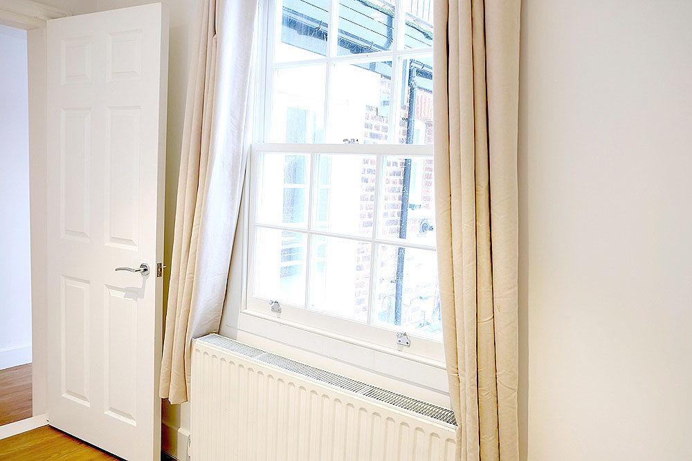 3a-High-Street-Esher-Bedroom-2-window