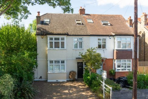 90-Hare-Lane-Claygate-Front-NEW-1024x682