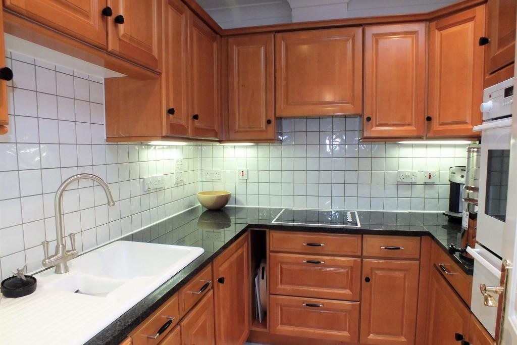 Ellesmere-Place-33-Kitchen-1024x683