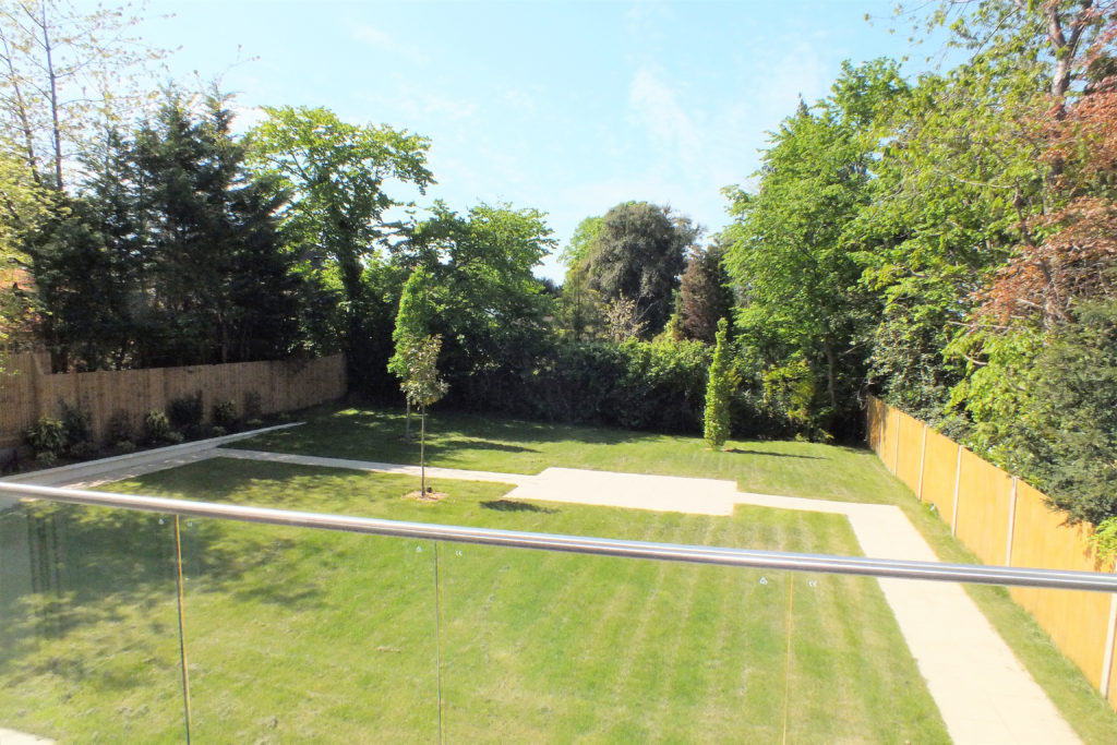 Flat-5-St-Georges-Heights-Claremont-Lane-Esher-View-from-rear-balcony-1024x683