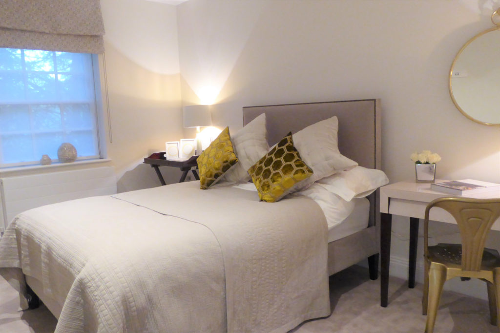 Flat-6-St-Georges-Heights-Claremont-Lane-Esher-Bedroom-2-1024x682