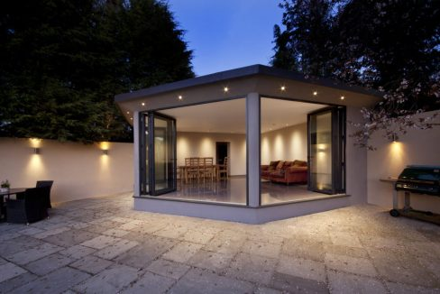 Parc-Behan-High-Park-Avenue-East-Horsley-Summerhouse-1-1024x627