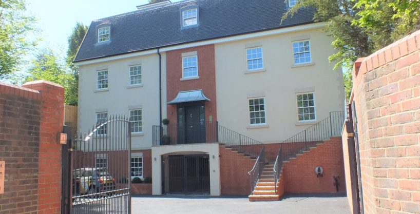 LET: St George's Heights, Claremont Lane, Esher, KT10 9DW