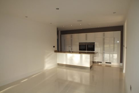Kitchen.Breakfast room