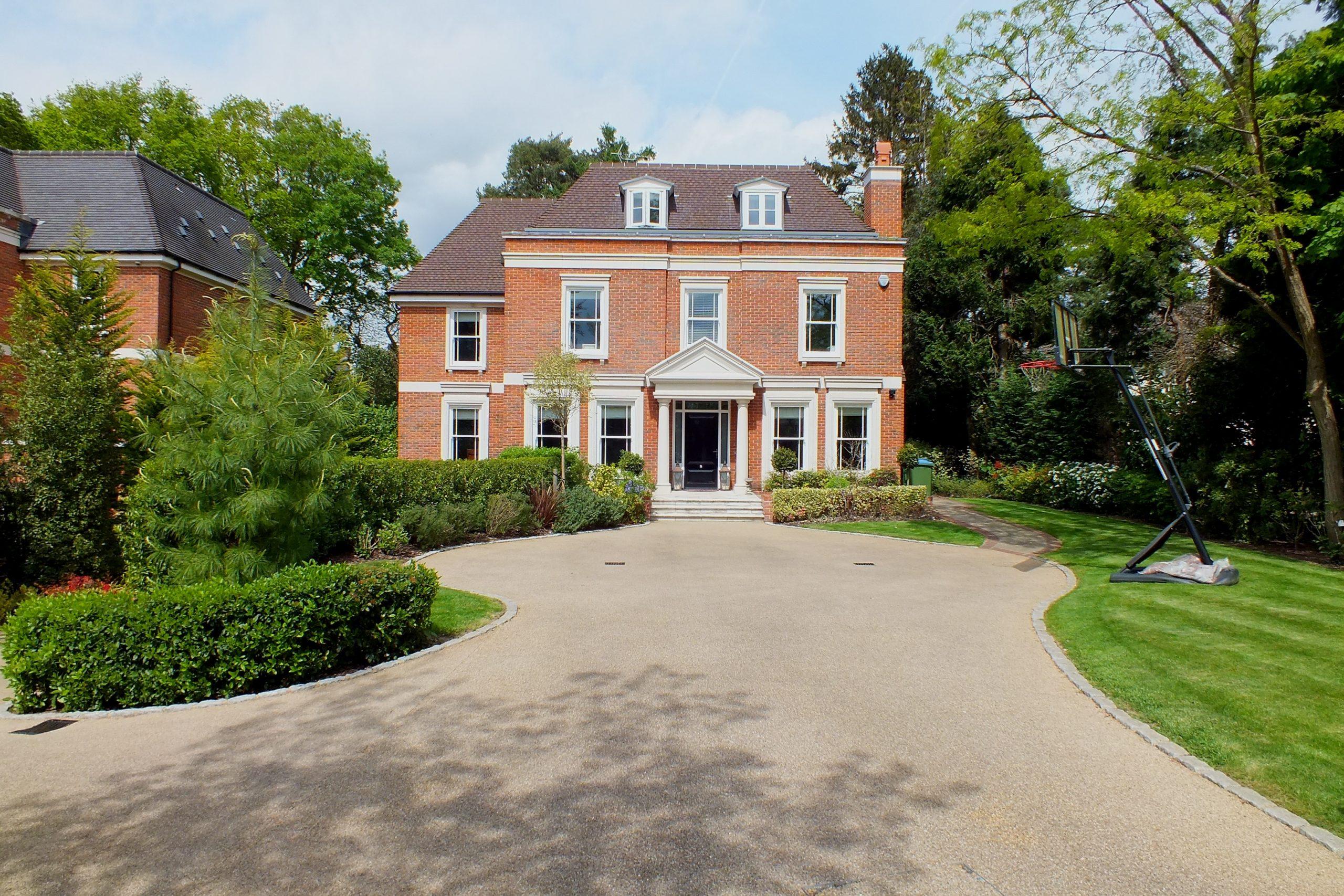 LET: Hepburn House, 13 Eaton Park Road, Cobham, KT11 2JJ